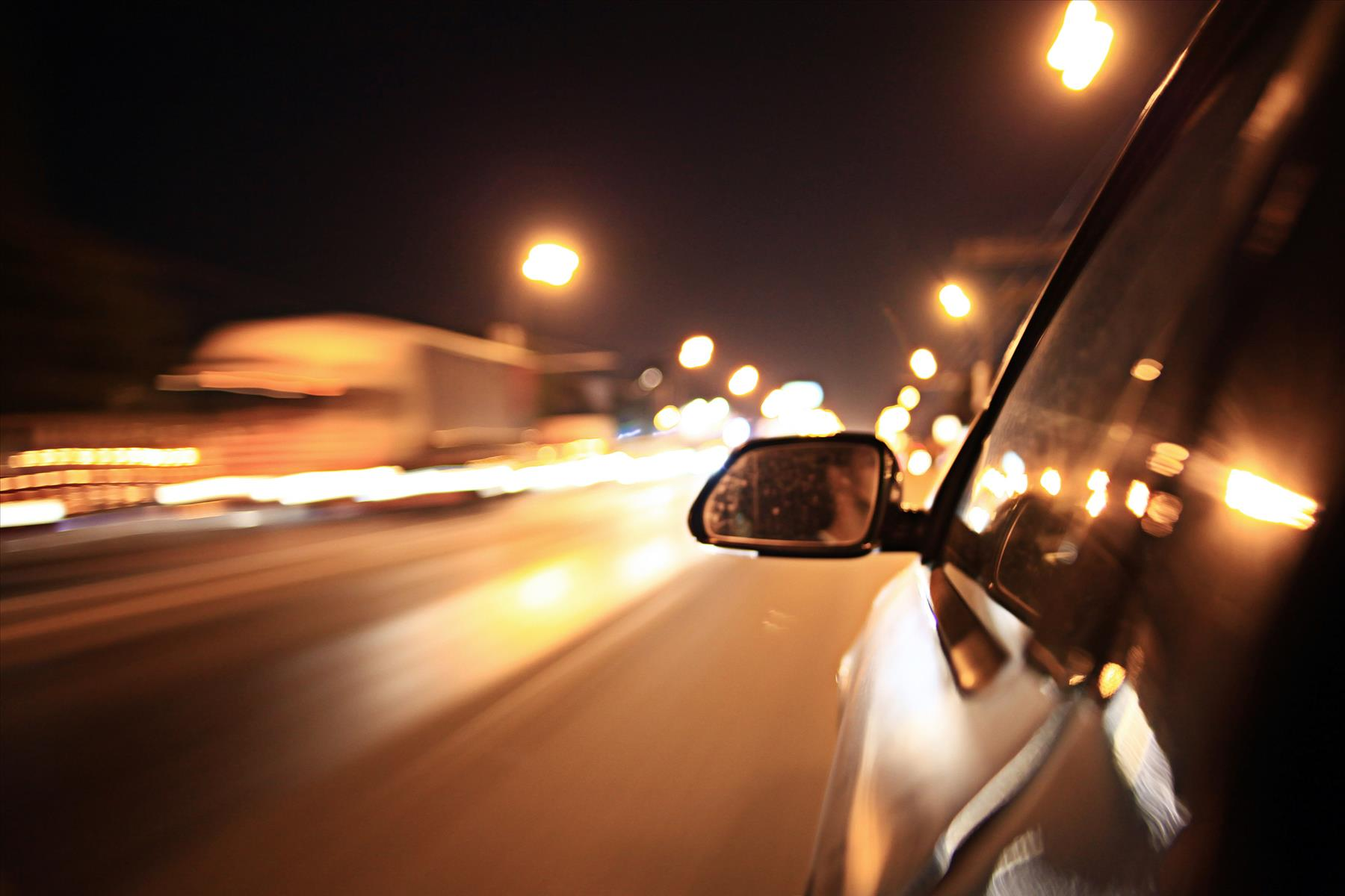 Hiring a Personal Injury Lawyer after a Car Accident Due to Speeding Occurs