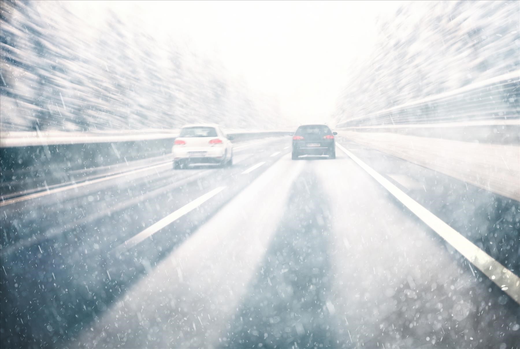 Driving in Heavy Snowfall and Contacting a Personal Injury Law Firm if an Accident Occurs