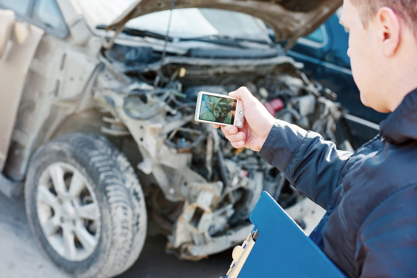 Finding the Right Lawyer to Help You File Your Claims after a Car Accident