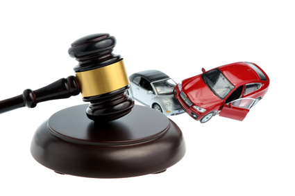 Tips for Driving at Night and Hiring an Auto-Accident Lawyer