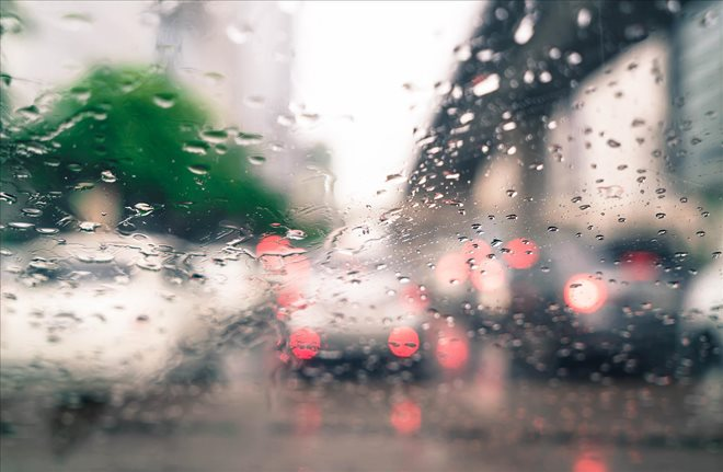 Drive Safe in Wet Spring Weather Tips for Driving in the Rain